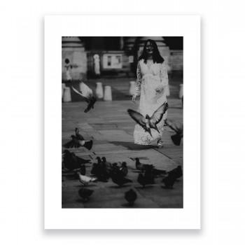 La jeune fille aux pigeons